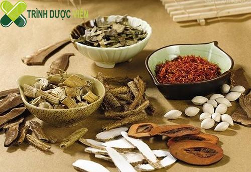 cam thảo được sử dụng trong rất nhiều bài thuốc