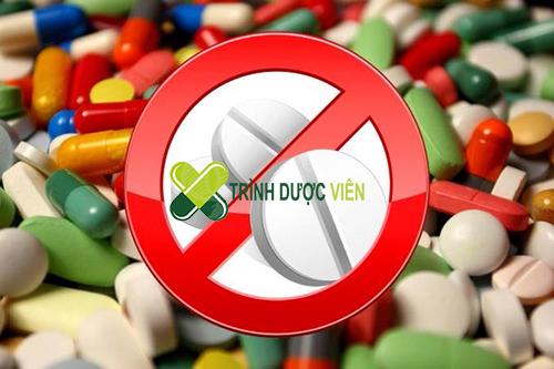 Uống thuốc chống dị ứng, không dùng ketoconazol