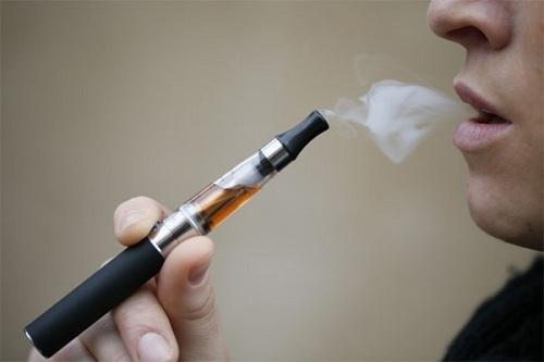 Thường xuyên hút thuốc lá