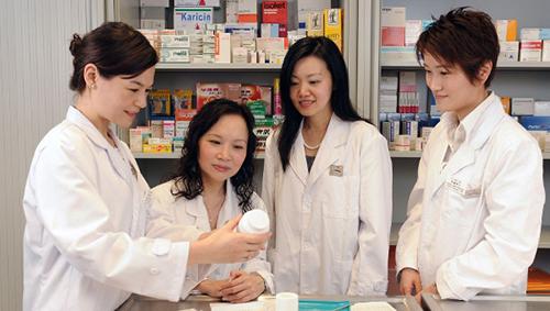 Cơ hội nghề nghiệp rộng lớn cho sinh viên học Cao đẳng Dược Đà Nẵng