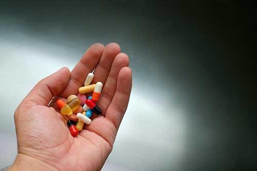 Không nên kết hợp thuốc ngủ với các dược phẩm khác
