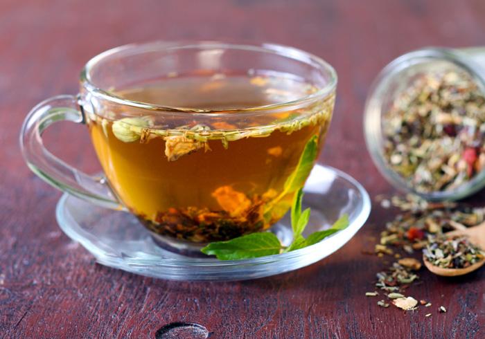 Sử dụng trà thảo mộc giúp mẹ bầu đẩy lùi ốm nghén