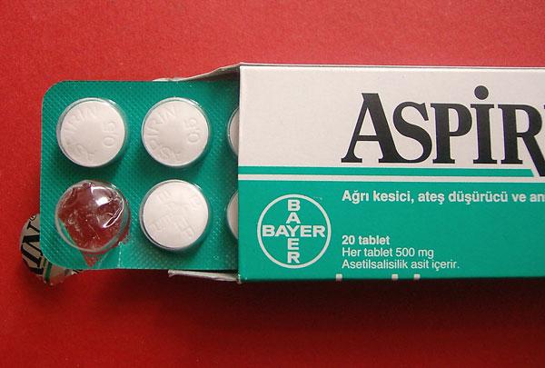Dược sĩ tư vấn sử dụng thuốc giảm đau hợp lý