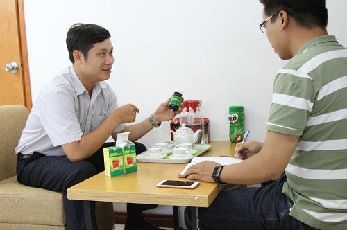 Trình dược viên giới thiệu công dụng thuốc Sinus Plus
