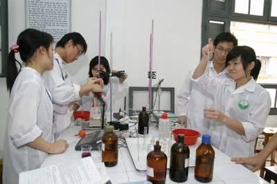 Hồ sơ xét tuyển Cao đẳng Xét nghiệm Hà Nội gồm những gì?