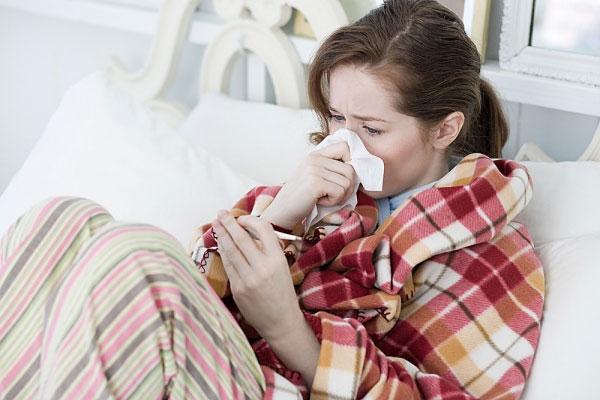 Xông lá có tác dụng trị cảm cúm rất tốt