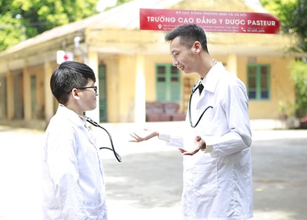 Trình Dược Viên chia sẻ về những kỹ năng cần có ở một sinh viên Y Dược