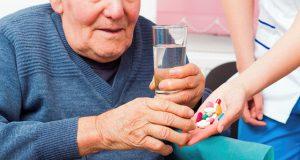 Trình Dược Viên chia sẻ kinh nghiệm dùng thuốc cho người già