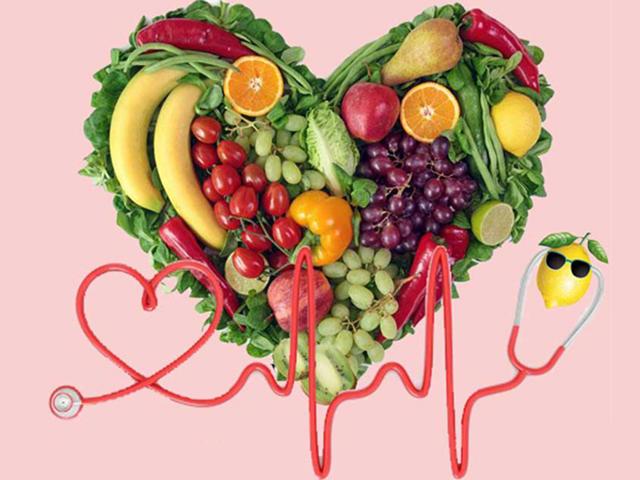 Trình Dược Viên tư vấn chế độ dinh dưỡng cho người bệnh huyết áp cao